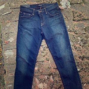 J Brand, NWT Mid-Rise Skinny Leg jeans, size 25